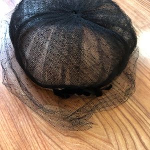 Delicate vintage Forecast hat and hat box